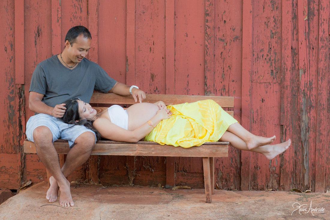Kauai Maternity Portraits (1 of 1)-3