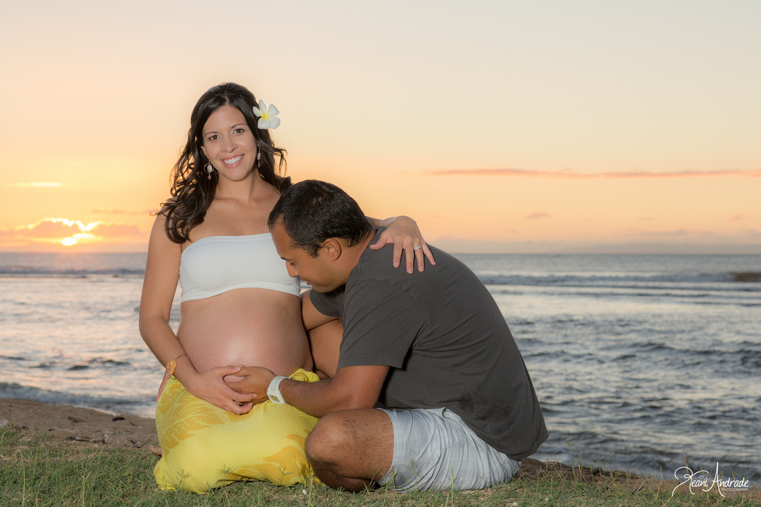 Kauai Maternity Portraits (1 of 1)-4